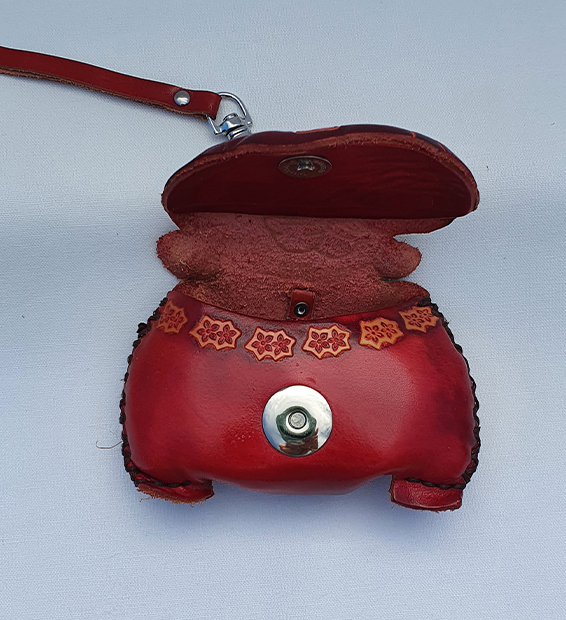 Magnetic Clip from All Leather Novelty Coin Purse Made in Australia