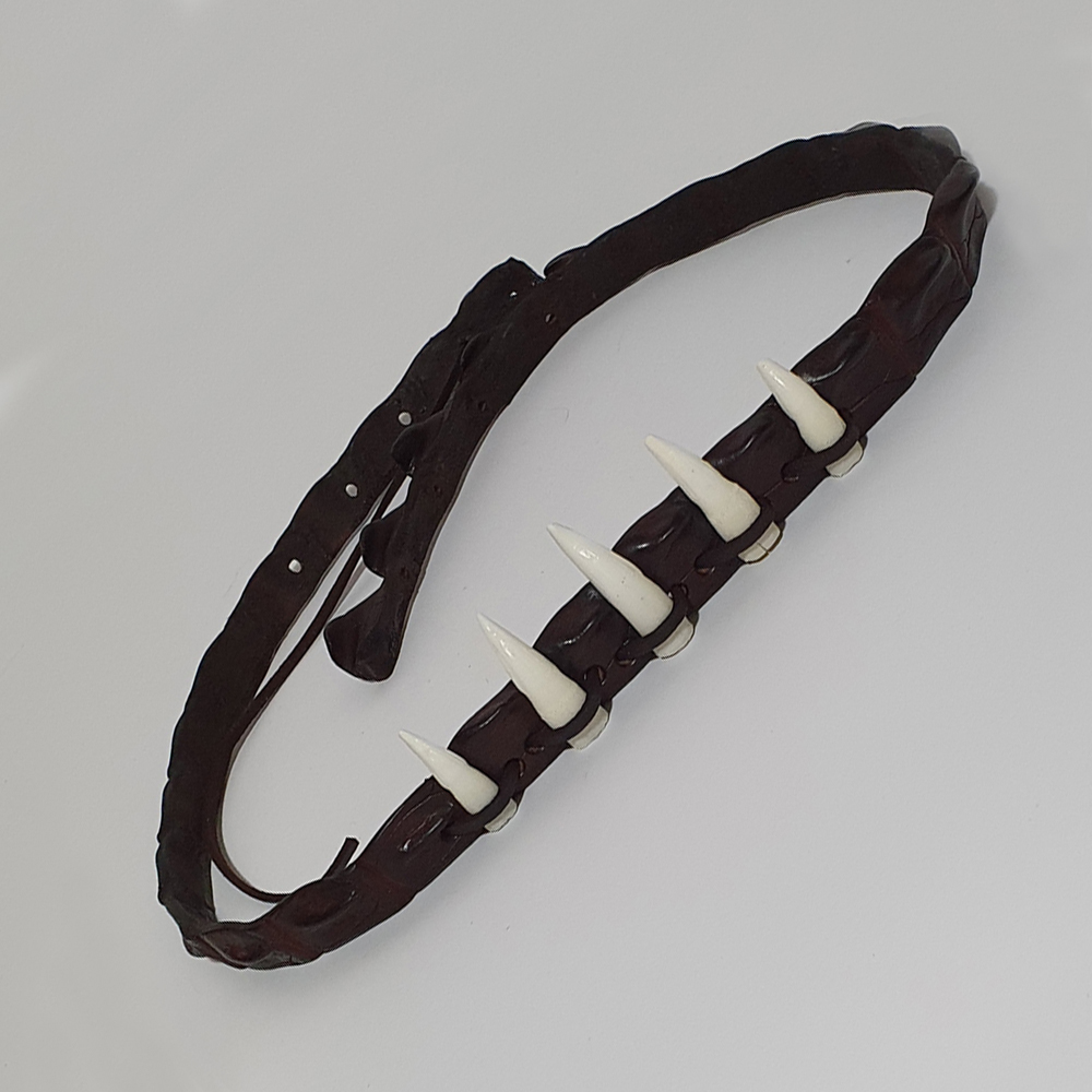 Genuine Leather Hatband Canberra with 5 Croc Teeth